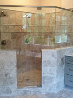 Frameless Shower Door with Header 001