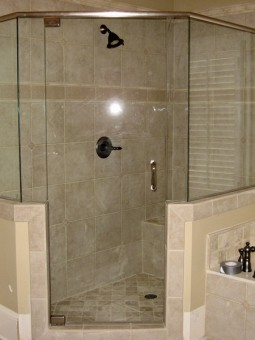 Frameless Shower Door with Header 010