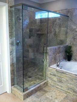 Frameless Shower Door With Header 018