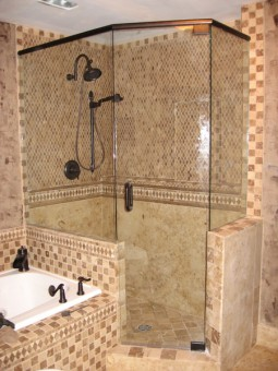 Frameless Shower Door with Header 004