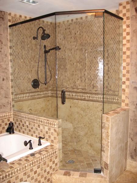 Frameless Shower Door with Header 004