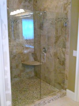 Frameless Shower Door 006