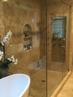 Frameless Shower Door With Header 013