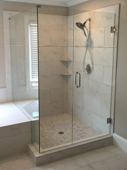 Frameless Shower Door 059