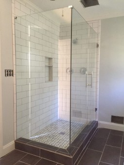 Frameless Shower Door 056