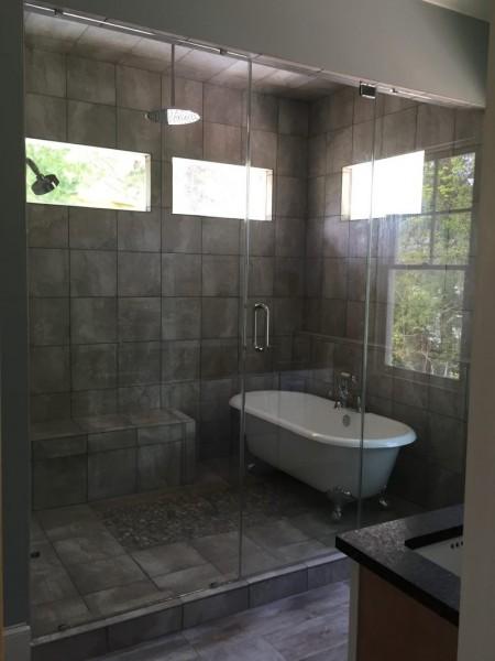 Frameless Shower Door – Steam 009