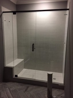 Frameless Shower Door with Header 028