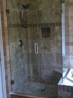 Frameless Shower Door 088