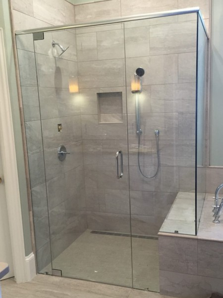 Frameless Shower Door with Header 046