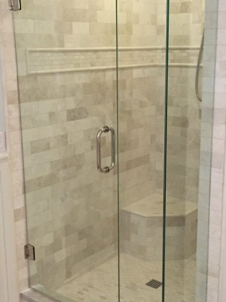 Frameless Shower Door 090