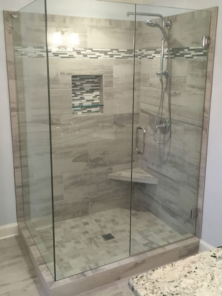 Frameless Shower Door 091