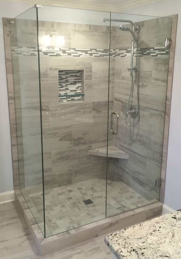 Nice Frameless Shower Door 091