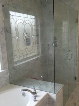 Frameless Shower Door 085