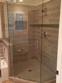 Frameless Shower Door with Header 042
