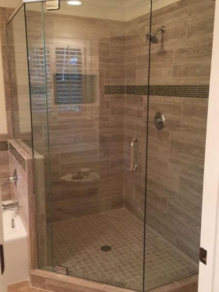 Frameless Shower Door with Header 042