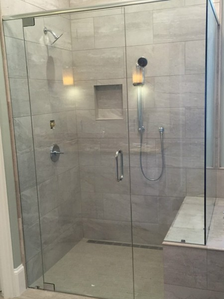 Frameless Shower Doors.Frameless Shower Door With Header 041