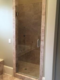 Frameless Shower Door 067