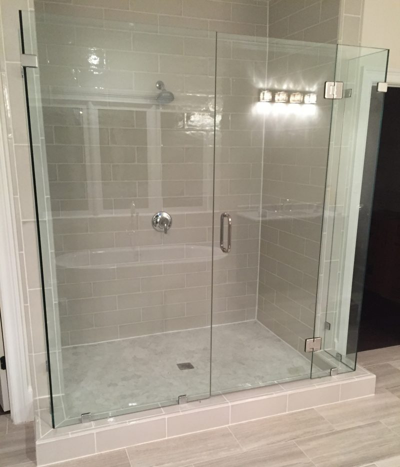 Frameless Shower Door 093