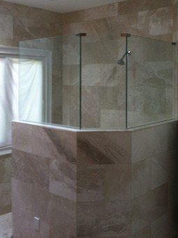 Frameless Shower Panel 002