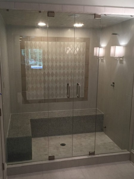 Frameless Shower Door – Steam 015