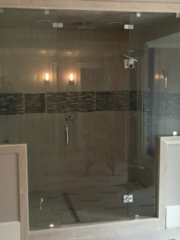 Frameless Shower Doors – Steam 014